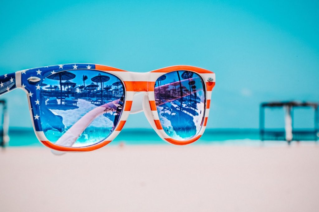 The Best Memorial Day Deals featured by top US fashion blog, Sveeteskapes