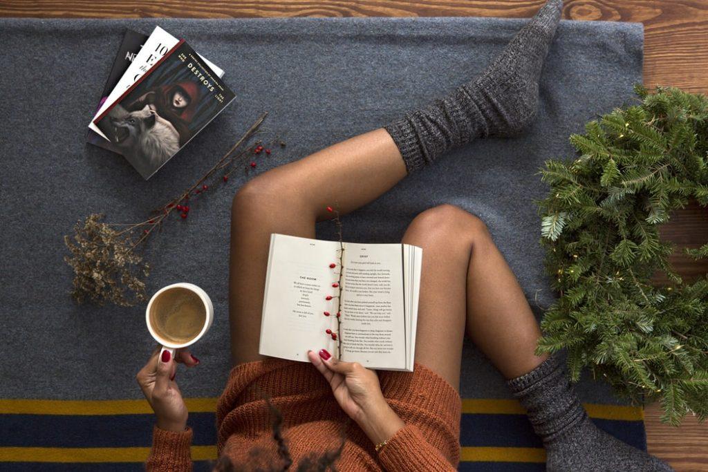 Current Favorites featured by top US fashion blog, Sveeteskapes